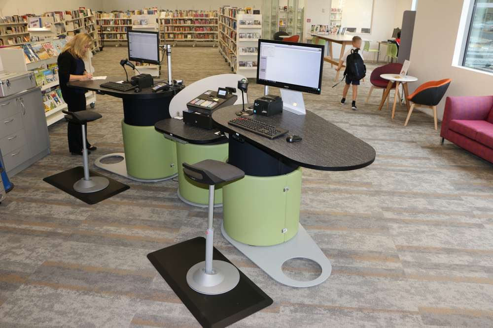 YAKETY YAK 1500 desks for libraries.