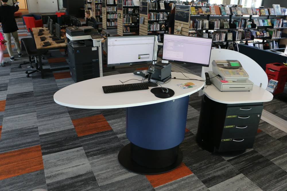 YAKETY YAK Nova Oval 1600 library pod and YAKETY YAK Cash Module, take care of customer help in the heart of the library.